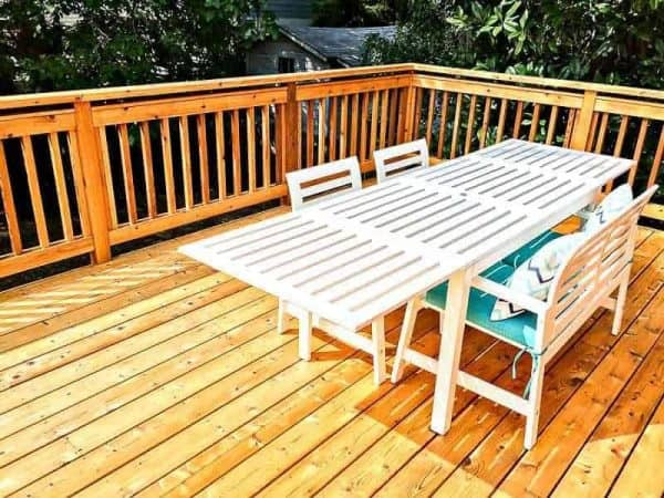 The stain of our new deck is beautiful!