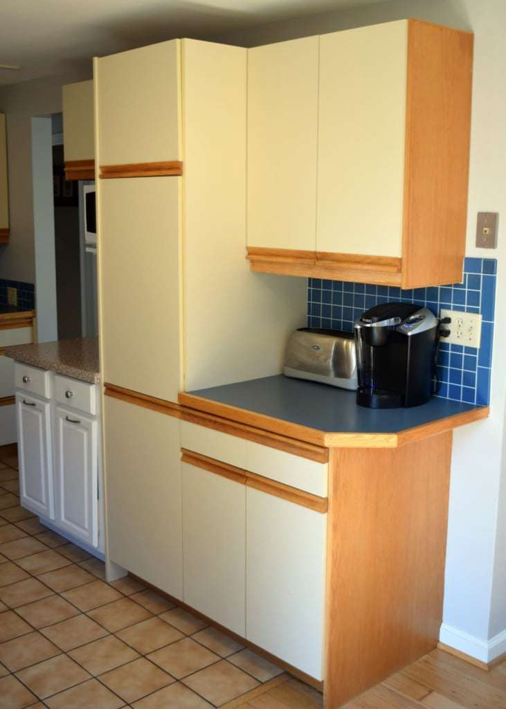 80s kitchen cabinets before - The Handyman's Daughter ...