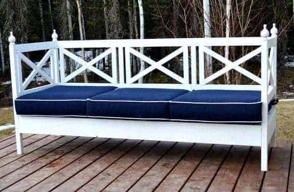 white DIY outdoor sofa with blue cushions
