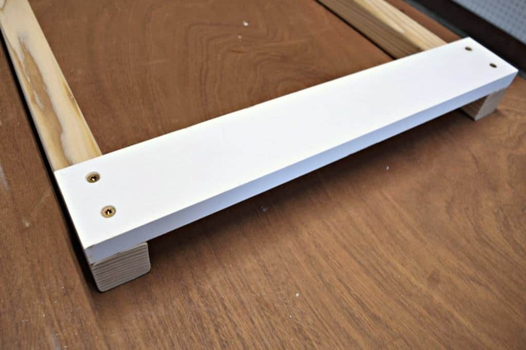 Attach the top and bottom pieces to the uprights - The Handyman's Daughter