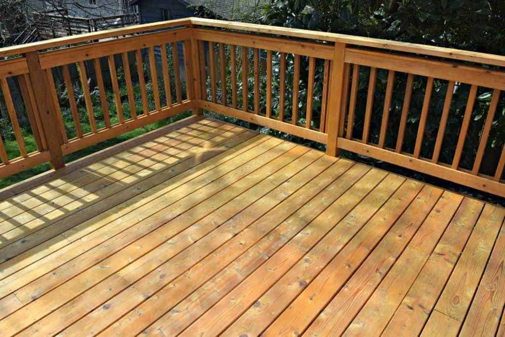 empty deck before building DIY outdoor sofa