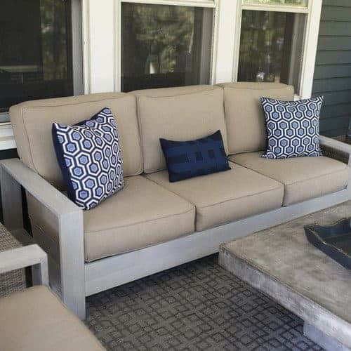 build your own outdoor sofa and loveseat the handyman 39 s daughter. Black Bedroom Furniture Sets. Home Design Ideas