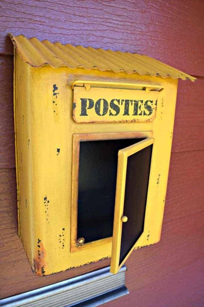 Our new mailbox from our trip to Paris is the perfect addition to our front porch. - thehandymansdaughter.com