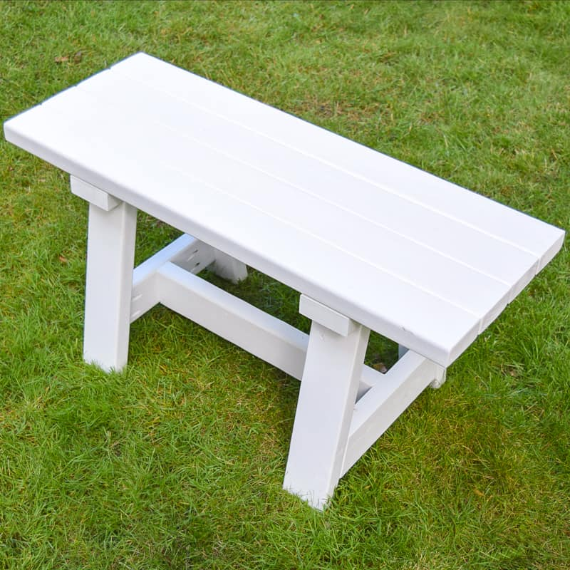 DIY 2x4 bench outdoors