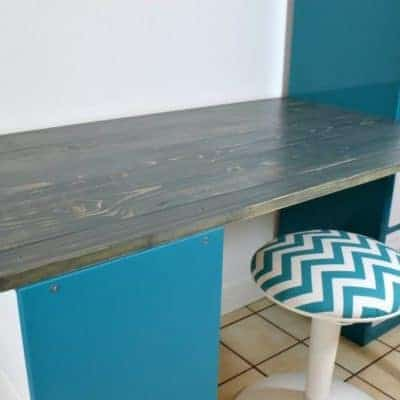This IKEA desk hack was easy to create with just a few boards and angle brackets! - The Handyman's Daughter