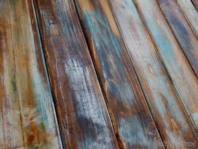 how to make the reclaimed wood look
