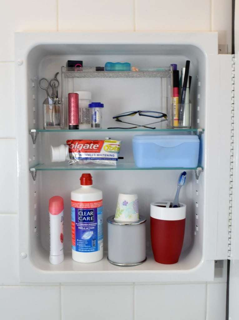 My rusty medicine cabinet now looks bright, clean and organized! - The Handyman's Daughter