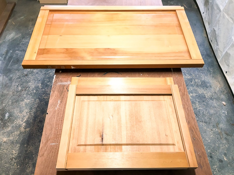 cut up bifold door panels for blanket storage box sides