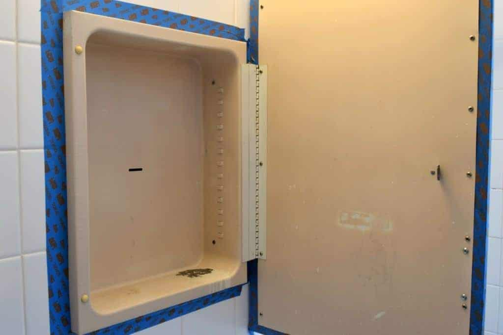 How to Paint a Rusty Medicine Cabinet - The Handyman's Daughter