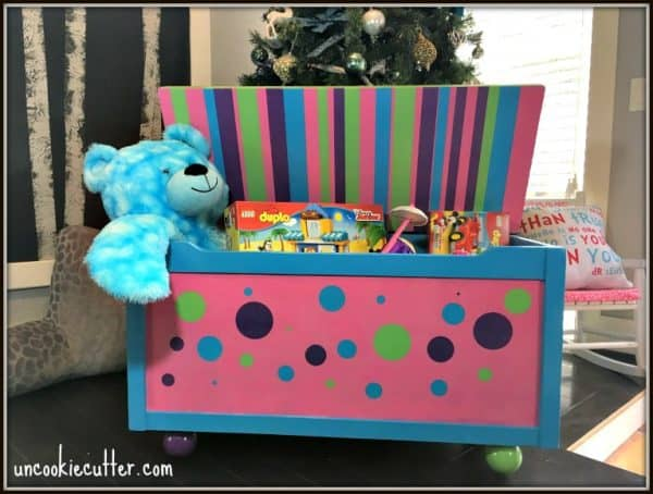 This handmade toy box would be perfect under the Christmas tree!