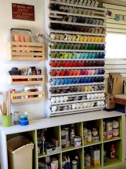 This spray paint can rack by Reality Daydream brings a pop of color to the workshop!
