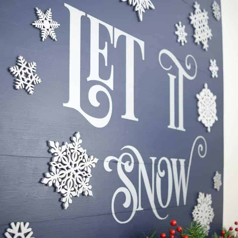 Encourage a white Christmas with this Let it Snow sign!