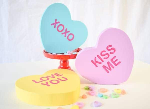 Oversize conversation hearts are the perfect decoration for Valentine's Day!