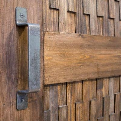 Love the texture of this sliding barn door! Get the tutorial to make your own at The Handyman's Daughter.