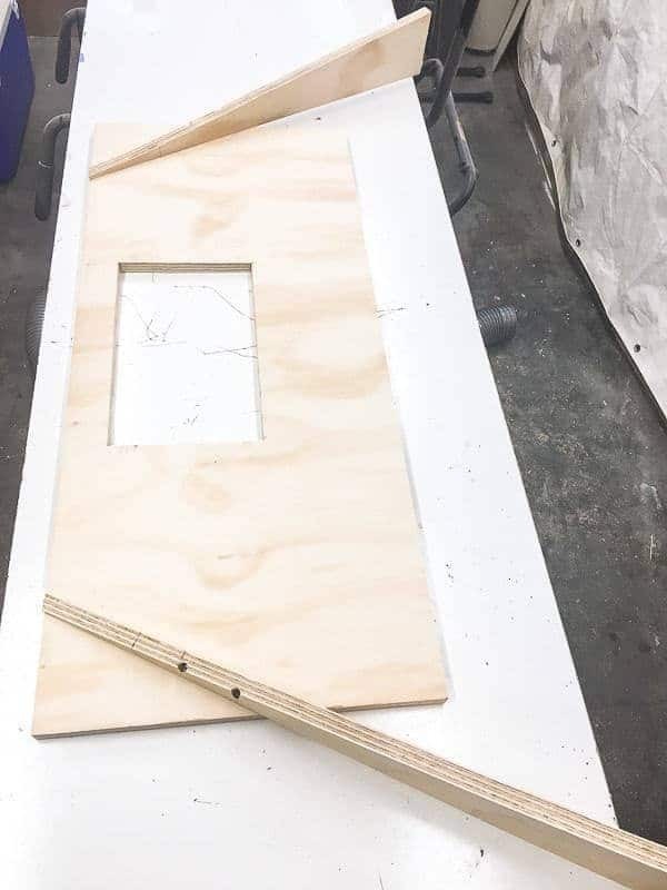 This is the platform that will go under the miter saw dust hood.