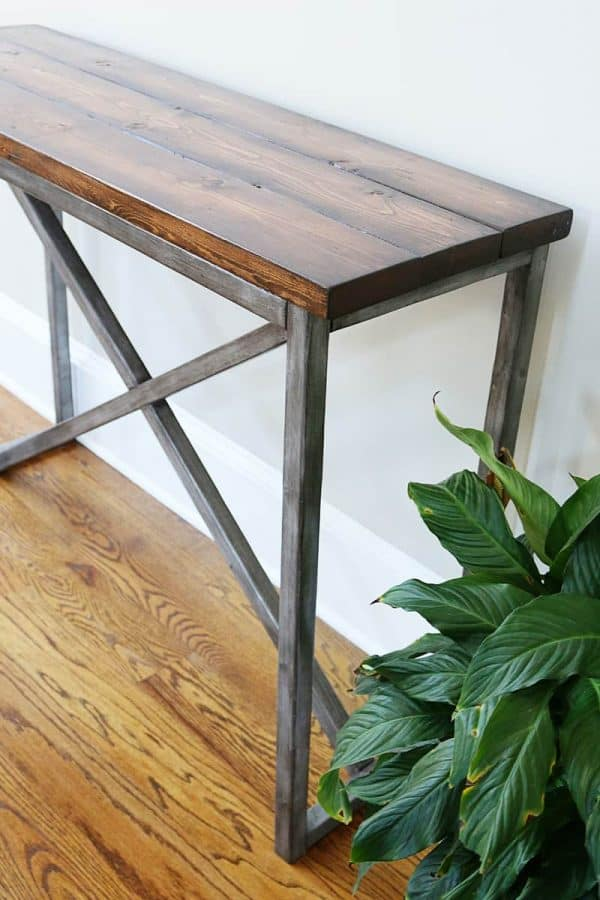 Can you believe the legs on this console table aren't real metal? Bower Power shows you how to make your own!