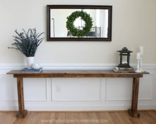 This console table from The Happier Homemaker looks so easy to make!