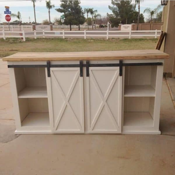 Want to hide away your clutter? This console table with sliding doors is just what you need!