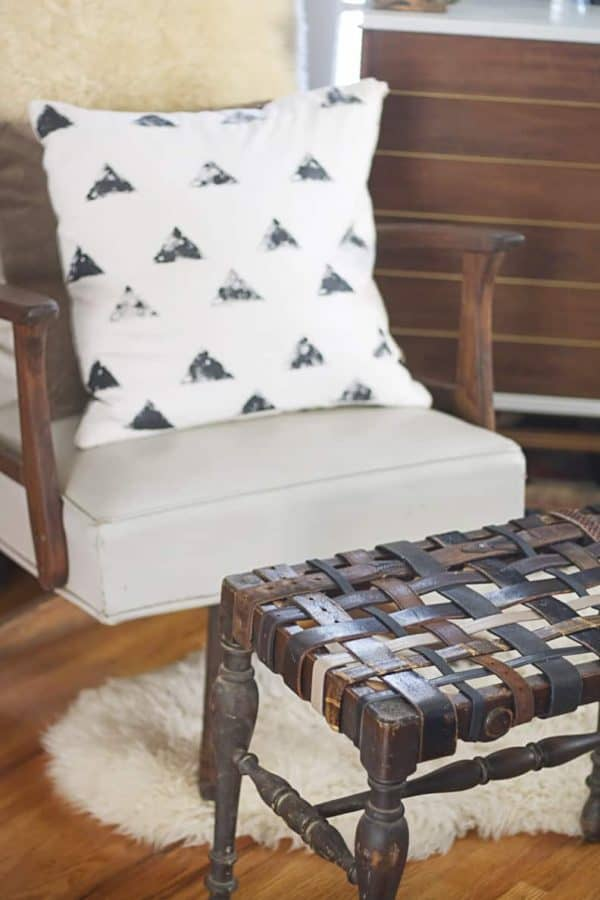 20 Diy Leather Furniture Projects The Handyman S Daughter