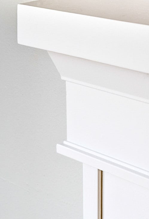 architrave trim under fireplace mantel