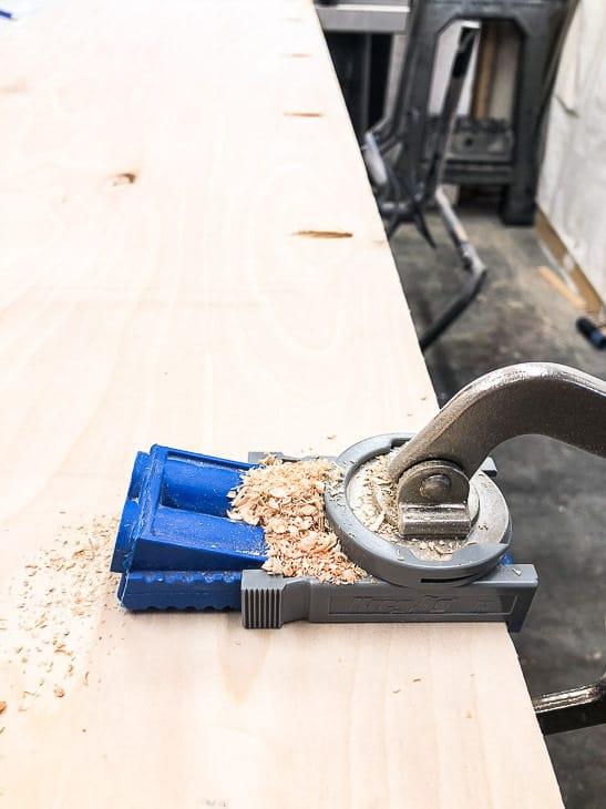 Kreg Jig R3 clamped to plywood