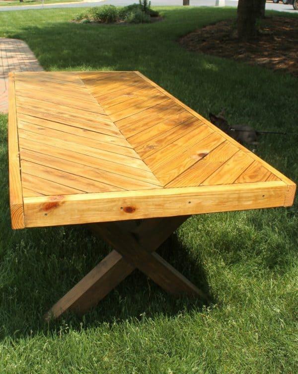 DIY herringbone picnic table
