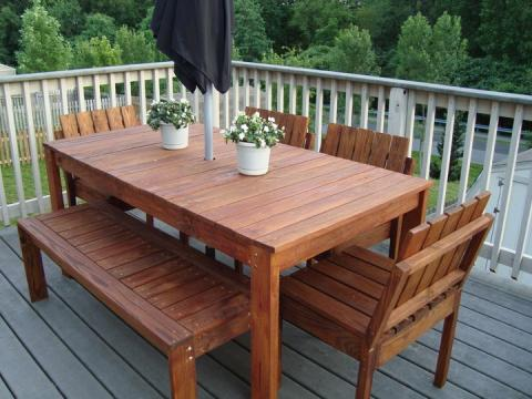 DIY outdoor table with bench and chairs
