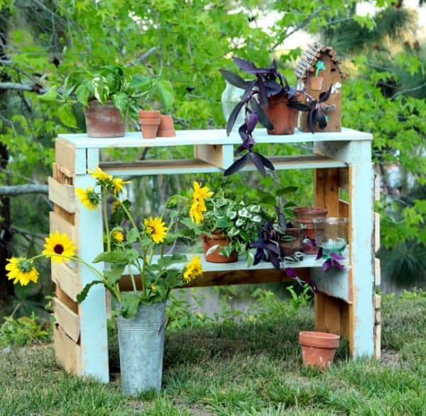 DIY potting bench made from two pallets