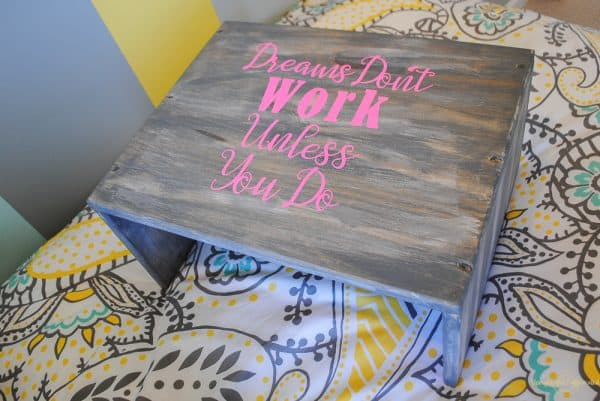 grey wood stain projects - laptop table with Minwax Classic Gray stain