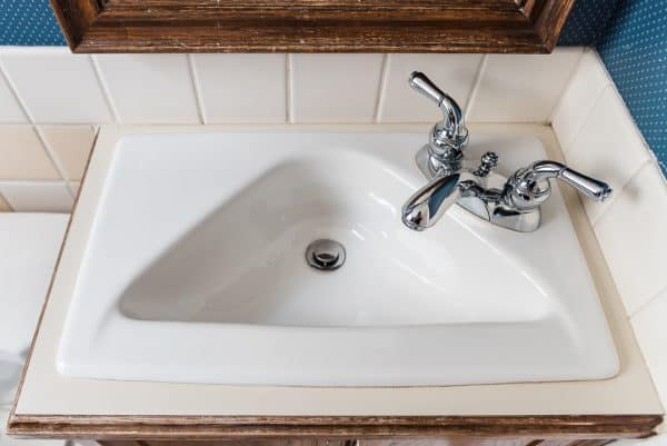 triangle shaped bathroom sink