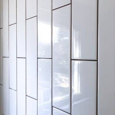 white vertical subway tile pattern