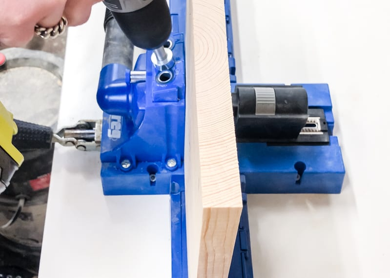 drilling pocket holes with the Kreg Jig K5