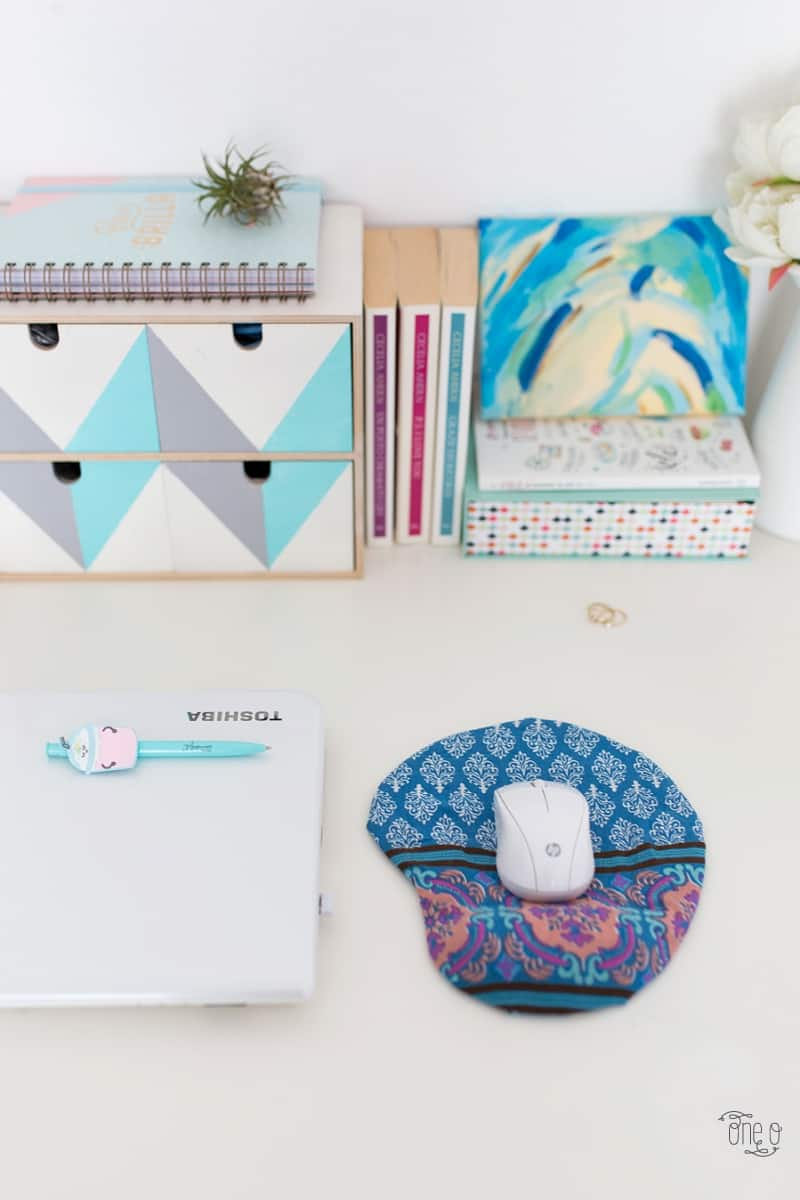DIY desk decor - fabric covered mousepad