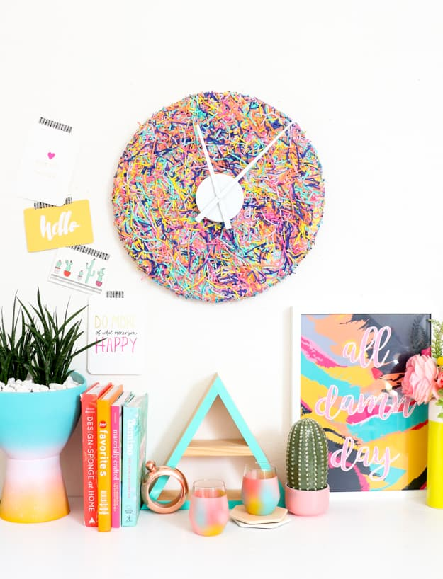 DIY Desk Decor - Confetti Clock