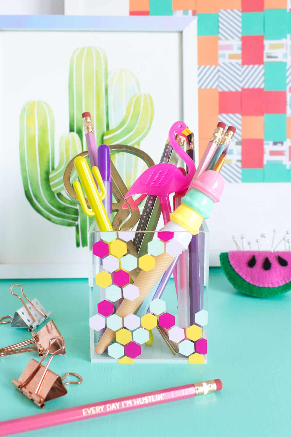 DIY desk decor - acrylic pencil cup with hexagon shapes