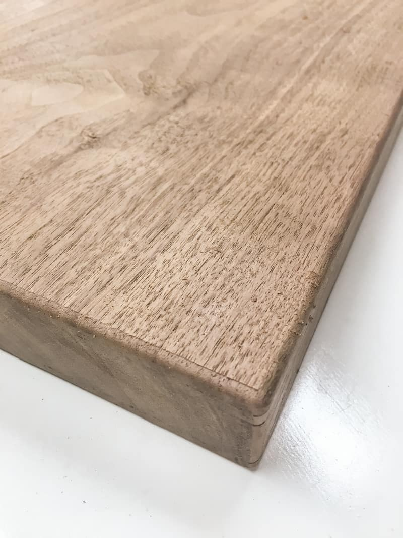 walnut cutting board with rounded edges
