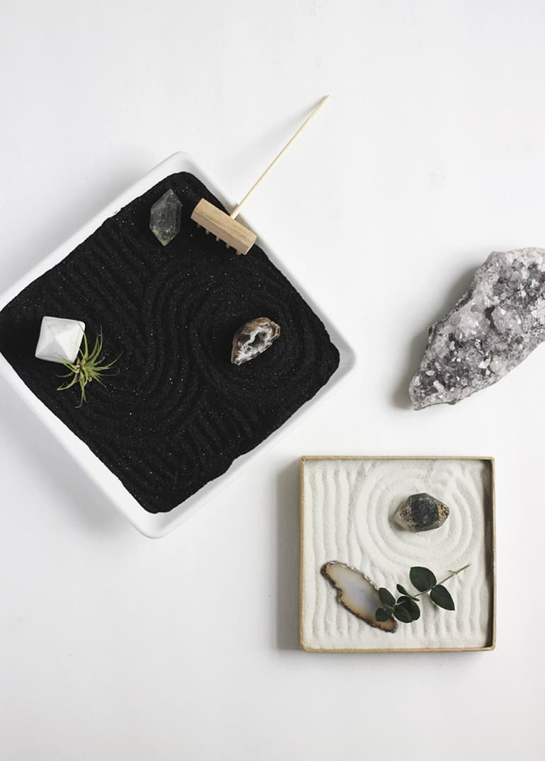 DIY desk decor - mini zen garden