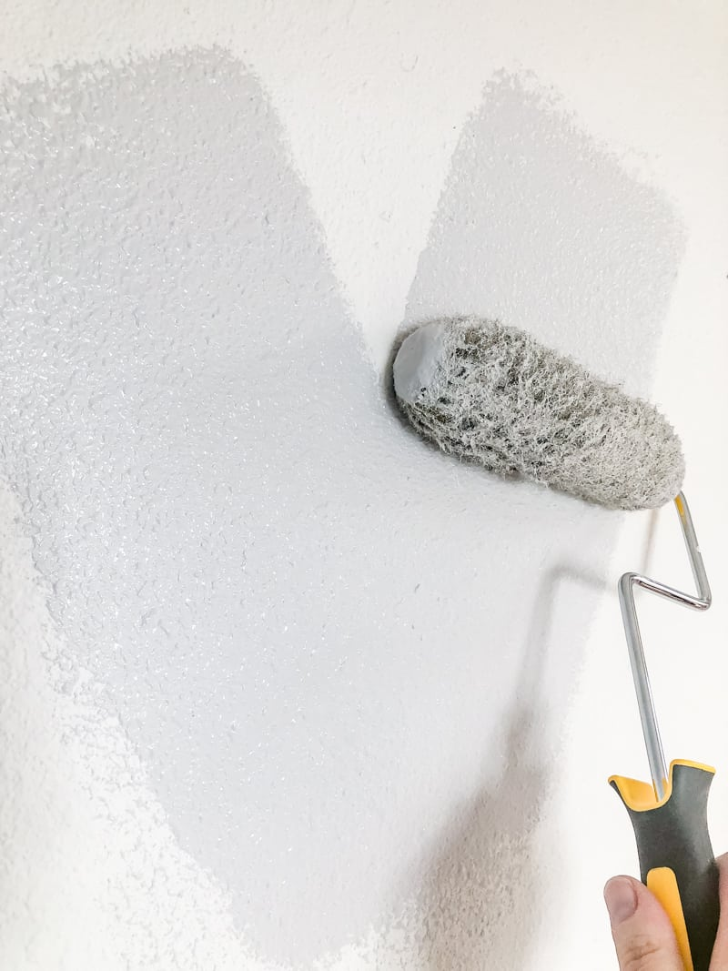 painting textured walls with roller