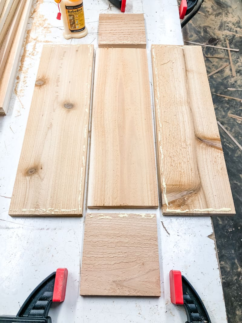 wood glue on edges of planter box pieces