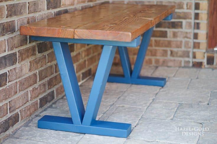 Easy DIY Wooden Bench
