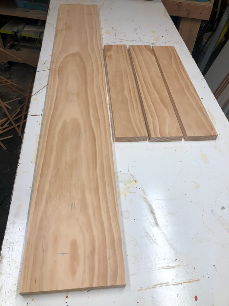 pieces for DIY cornhole scoreboard