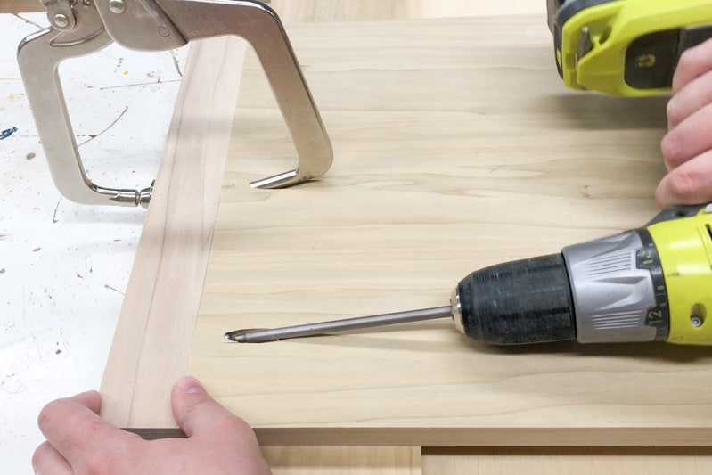 connecting DIY nightstand leg to side panel with pocket hole screws