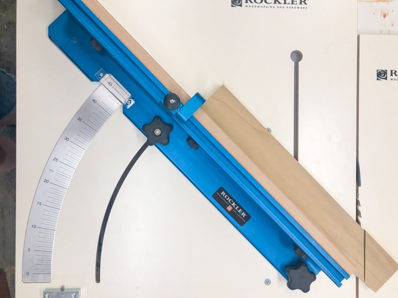 table saw mitered cut sled