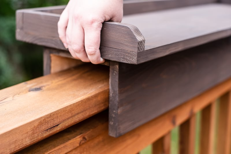 lifting deck railing table off railing