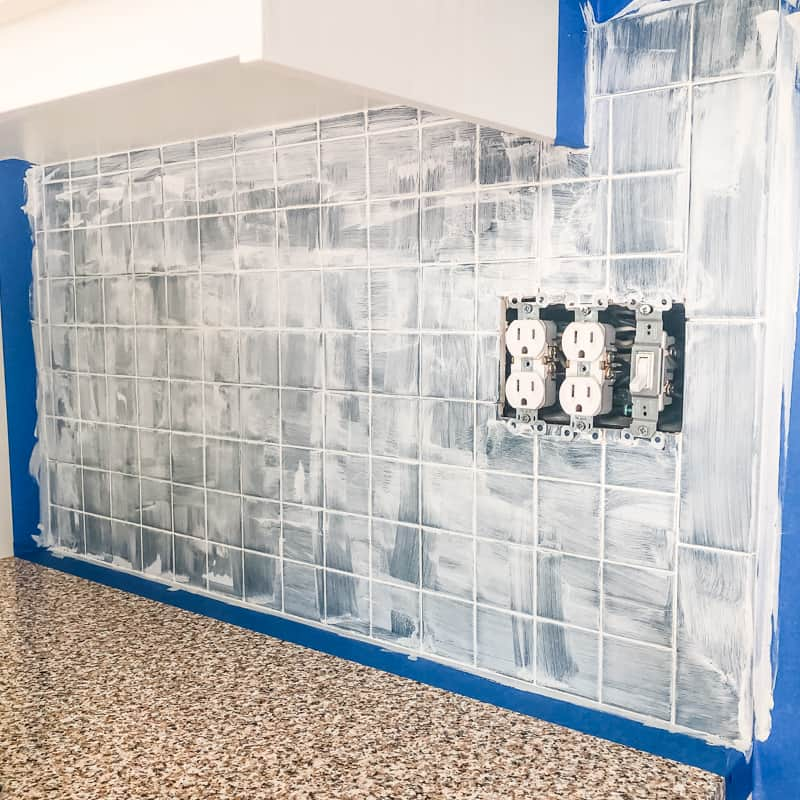For Painting Tile Backsplash, Can You Paint Over Glass Tile