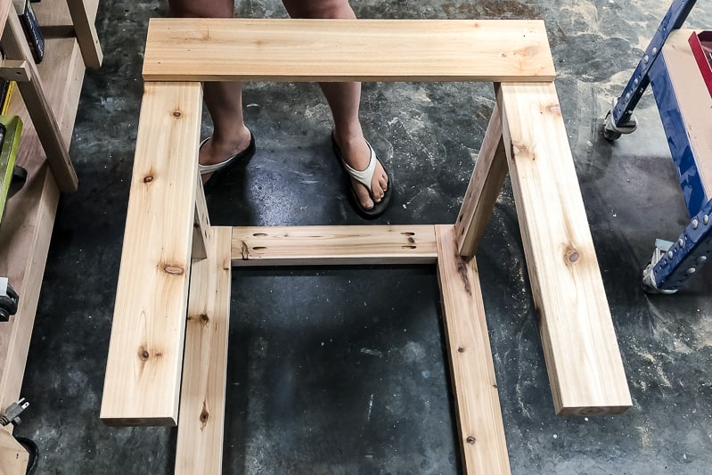 adding top slat to umbrella stand table frame
