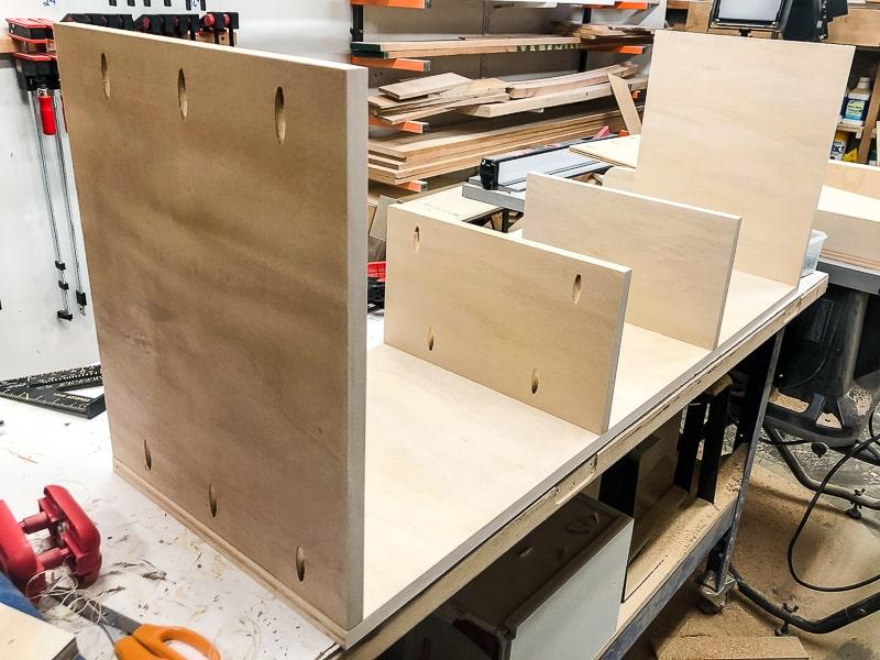 building entertainment center shelves