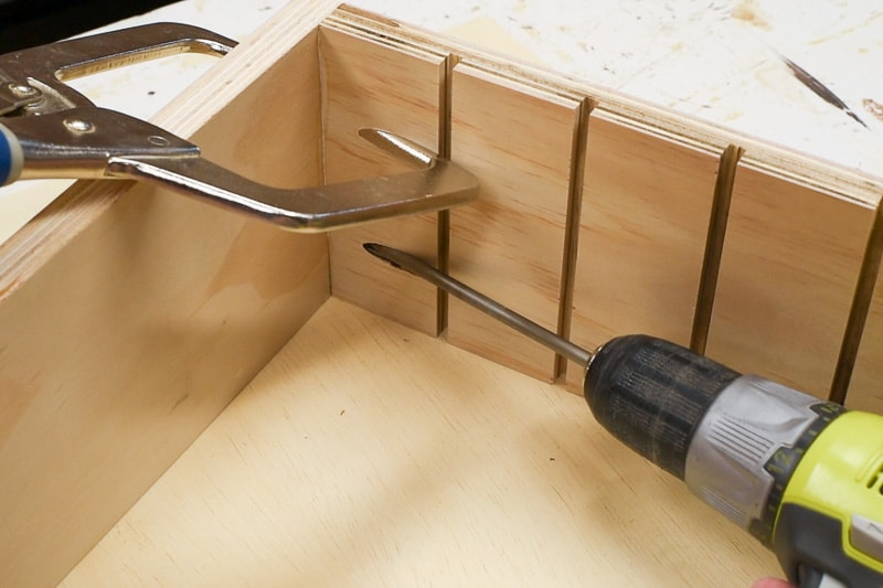 screwing drawer organizer sides to back with pocket hole screws
