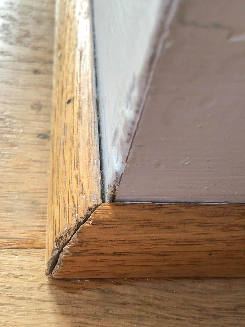 damaged outside corner of quarter round trim to be removed