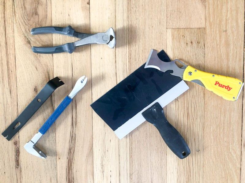 supplies needed to remove quarter round trim